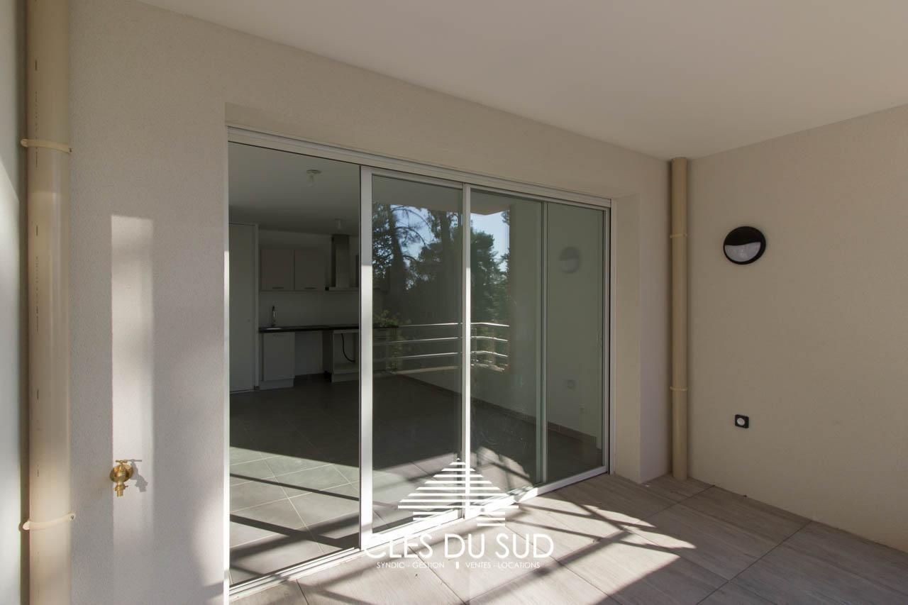 Location appartement F2 neuf Toulon Bas Faron agen